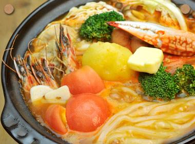 チリトマト海鮮鍋うどん