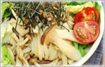讃岐うどんの野菜たっぷりレシピ きのこサラダうどん