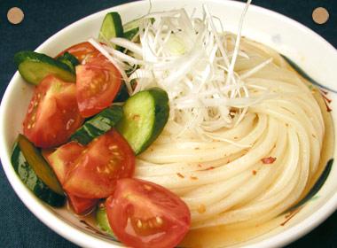 讃岐うどんの亀城庵公認レシピ さっぱり中華風うどん