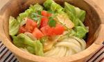 讃岐うどんのひんやりレシピ ほたてと茹でキャベツのサラダうどん