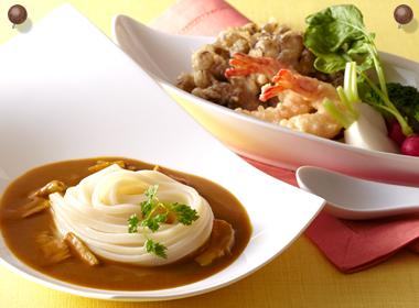 讃岐うどんの亀城庵公認レシピ 根野菜の彩りカレーうどん
