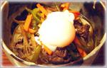 お肉と野菜炒めのぶっかけ