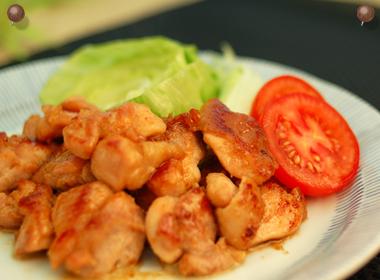 讃岐うどんの亀城庵公認レシピ 鶏もも肉の胡麻だれつけ焼き