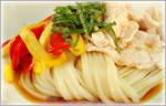 讃岐うどんの野菜たっぷりレシピ カラフル冷しゃぶサラダうどん