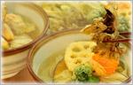 讃岐うどんの野菜たっぷりレシピ ちょっぴり贅沢な天ぷらうどん